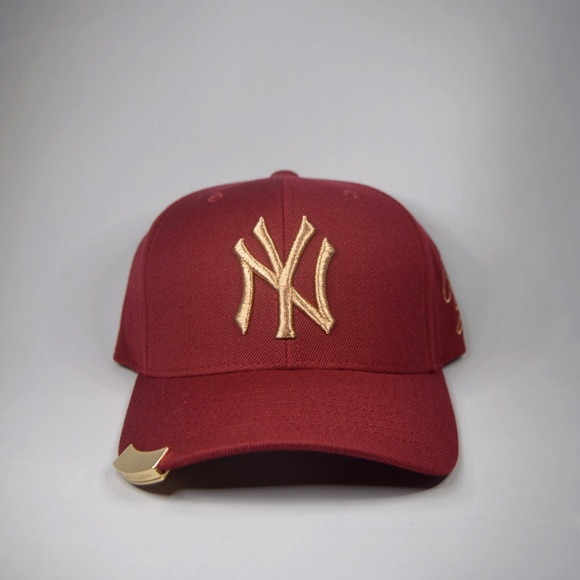 0ea60b6571d07 New York Yankees Korean MLB Adjustable Hat Cap. NWT. MLB.  75  100. Size
